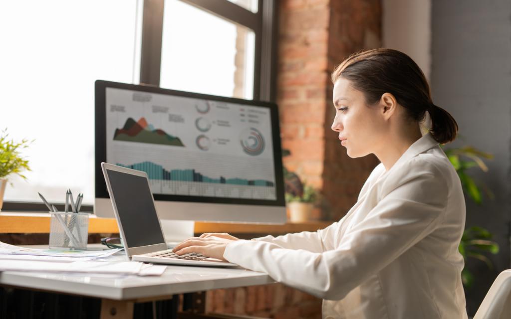 rolul tehnologiei in departamentul de HR