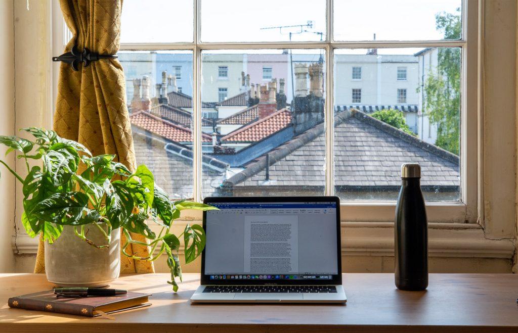 Aplicatii software pentru lucru de acasa